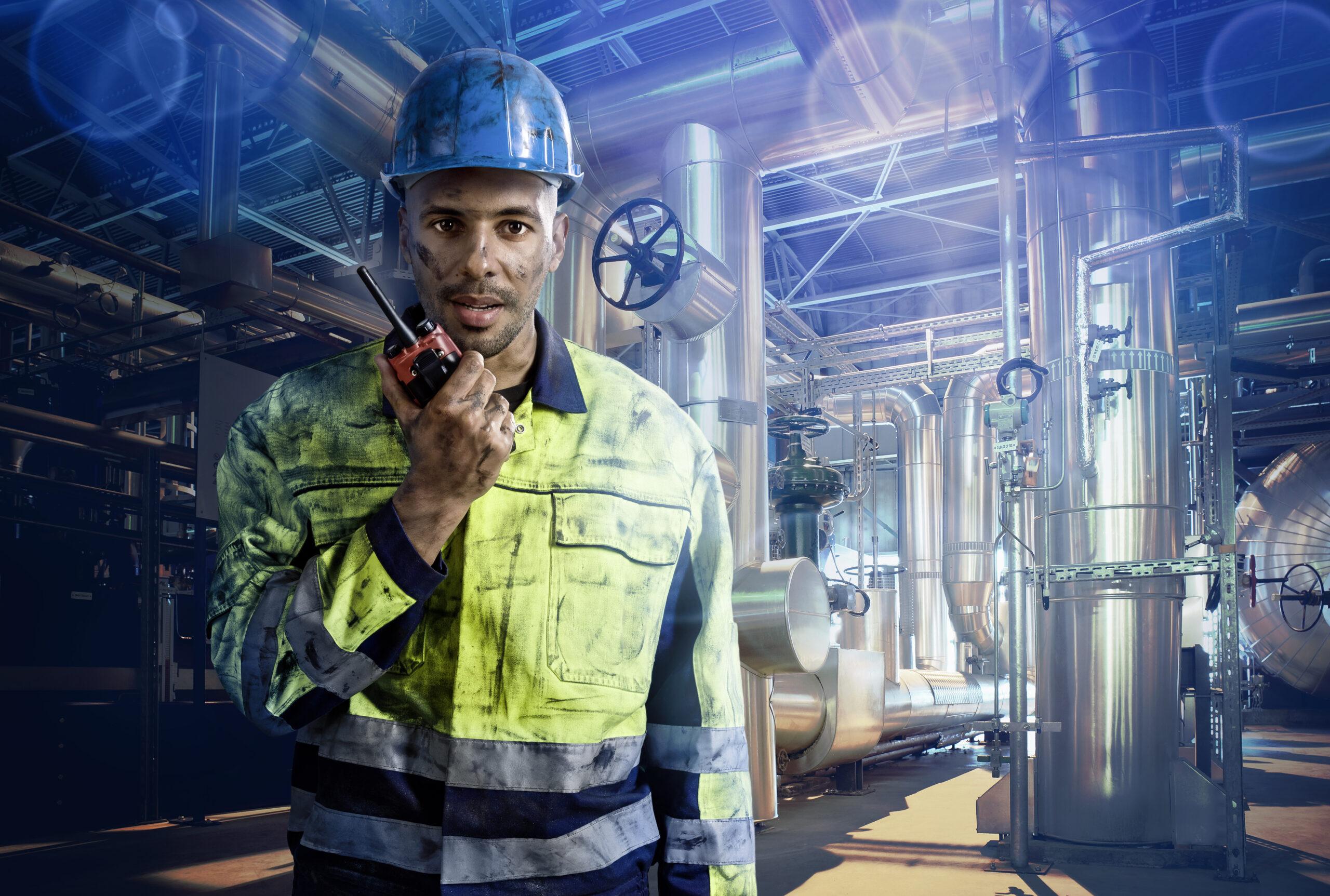 Oil & Gas - Worker inside Refinery
